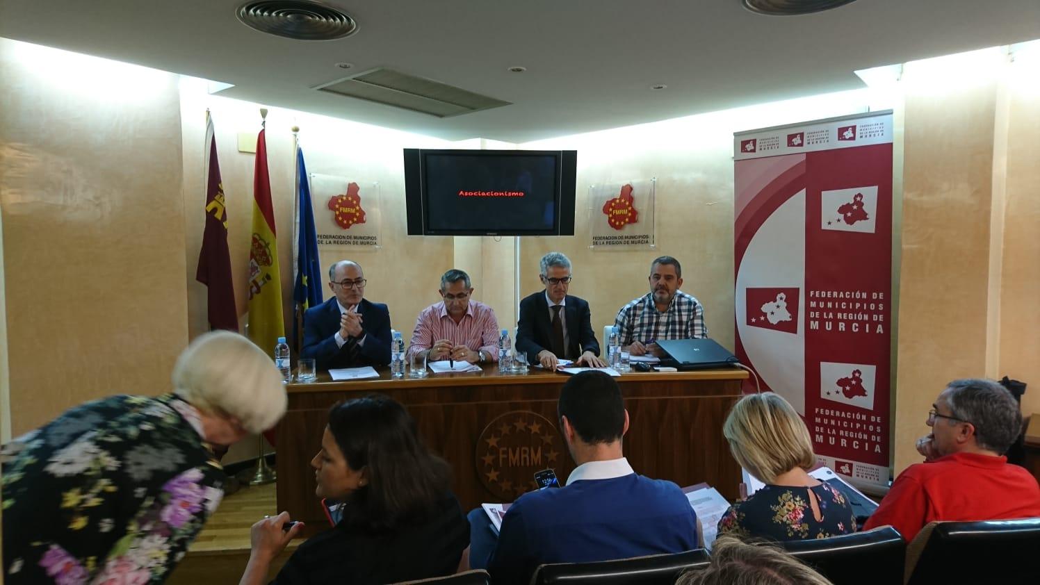 28 mayo de 2018. Reunión de ATME con la Federación de Municipios de la Región de Murcia